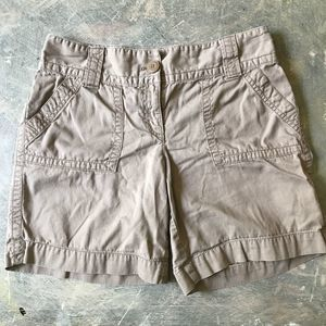 🔥 LOFT Khaki Boyfriend Shorts